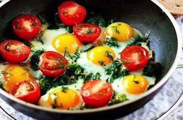 яичница по Дюкану с помидорами