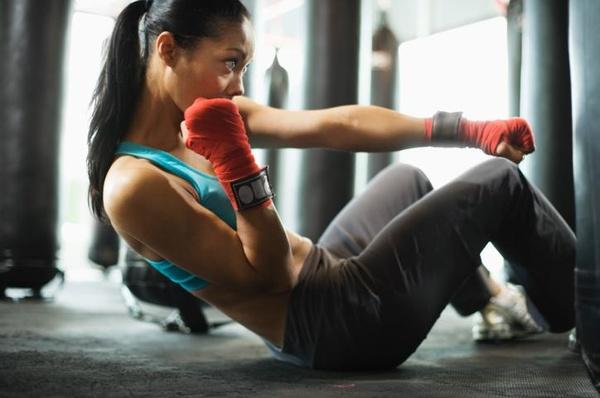 физическая нагрузка от обвисшей кожи