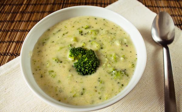 Суп пюре из брокколи с курицей